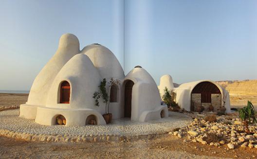 Stunning Kuwaiti marketplace for designers blends print magazine with e-commerce