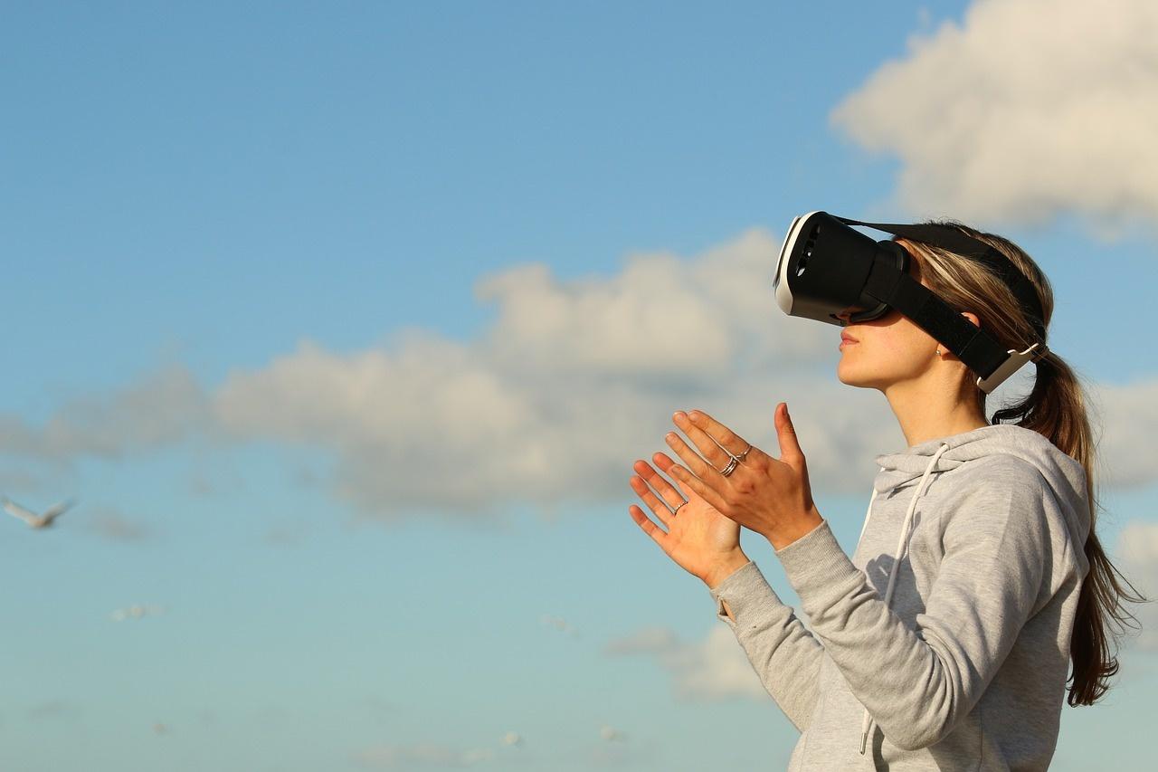 مرصد الريادة والتقنية:  وداعاً للألم مع الواقع الافتراضي