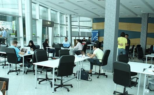 'أسترولابز دبي' تبدأ مشوارها مع 30 شركة ناشئة
