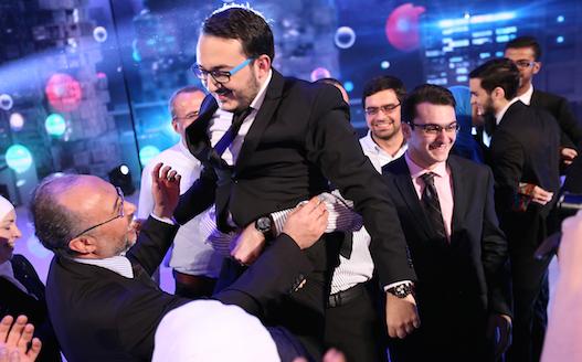أول متبار سوريّ يفوز بجائزة 'نجوم العلوم'