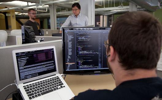 خمس ممارسات بسيطة لتطوير البرمجيات في شركتك الناشئة