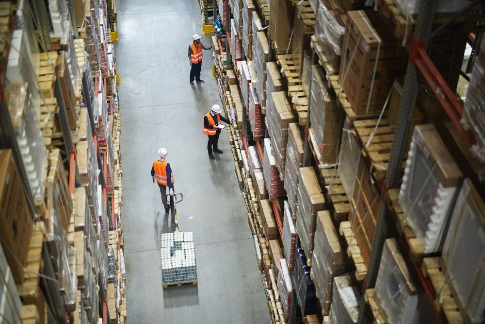 The challenge of delivering goods on time