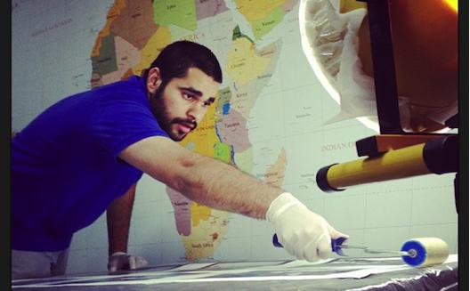 شركة بحرينية تحوّل صور إنستاجرام إلى لوحات فنية