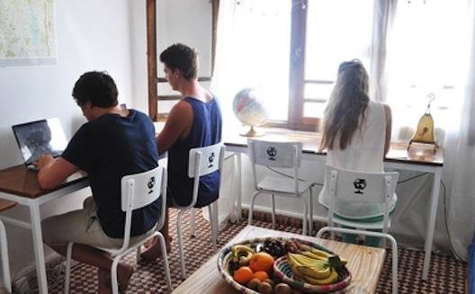 تعرف على ثلاثة بريطانيين انتقلوا الى المغرب لاطلاق شركتهم الناشئة