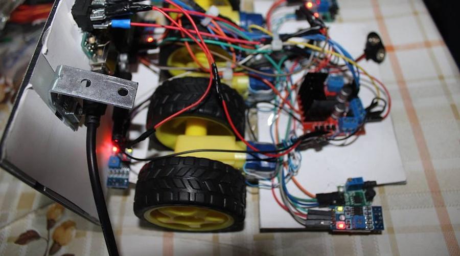 تعليم الروبوتات في ضاحية بيروت الجنوبية