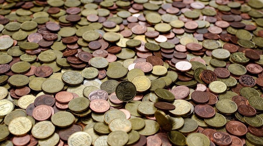 Digitizing financial transactions in the region: go startups!