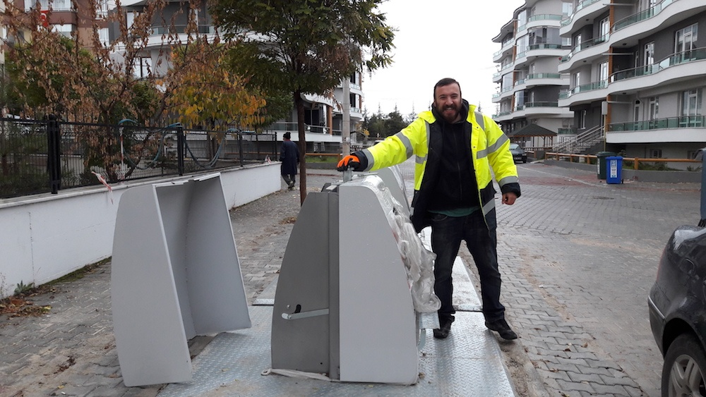 Smart waste management, one bin at a time