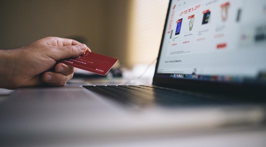 كيف يستخدم البائع المنصات الإلكترونية بعدما وصل إليها؟