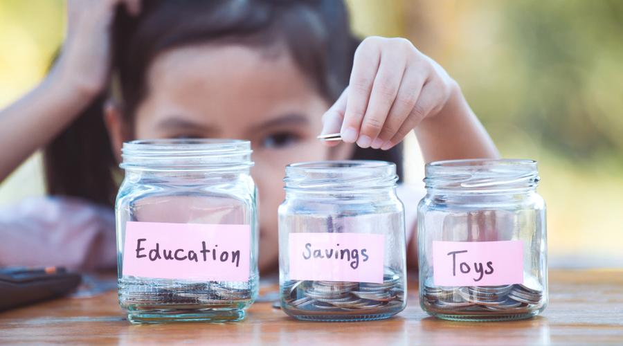 لماذا نحتاج إلى النظر في الشمول المالي للأطفال؟