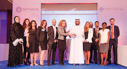 من يقدّم أفضل تجربة للعملاء في الخليج؟