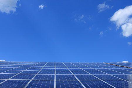 دبي تطلق اختبارات على الوقود الهيدروجيني لتعزيز استدامة طاقتها المتجددة