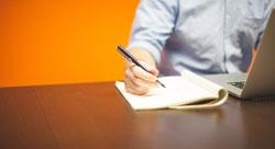 أربعة مقررات إلكترونية ضرورية لكلّ رائد أعمال