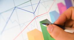 كيف تسخر البيانات الكبيرة لصنع القرار في قطاع الأعمال؟ [رأي]