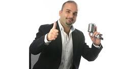 من هو أندريه أبي عواد الذي نشر صوتياتٍ لثلاثة وأربعين رائد أعمال عربي؟ [صوتيات]