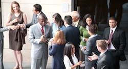 6 people entrepreneurs should look for at a networking event