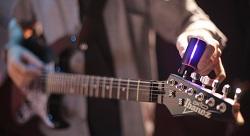 إطلاق جهاز أكثر دقة من الأذن البشرية لدوزنة الآلات الموسيقية