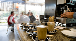 Can Coffeehouses Boost Creativity in the Arab World?