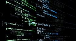 ما هي حسنات وسيئات المنصات مفتوحة المصدر؟